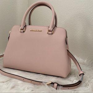Firm ✨Michael Kors Idina satchel bag